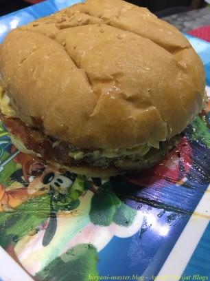 6burger11_chicke11